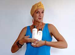 emma with shampoo