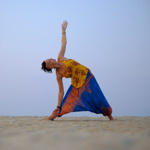 Lady Alopecia in Triangle Yoga Pose