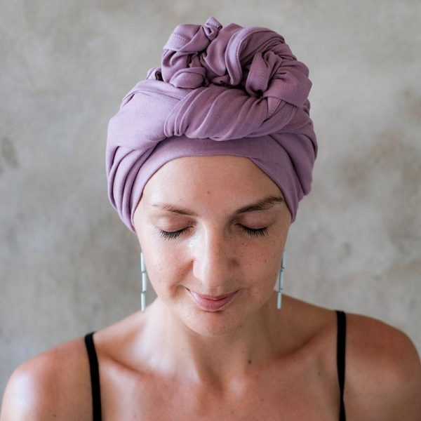 Mauve-headscarf