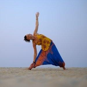 Lady Alopecia in Triangle Yoga Pose